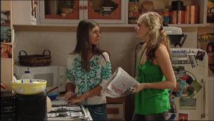 Rachel Kinski, Janae Hoyland in Neighbours Episode 5022