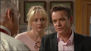 Harold Bishop, Janelle Timmins, Paul Robinson in Neighbours Episode 5023