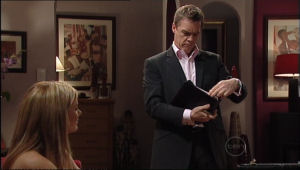 Paul Robinson, Izzy Hoyland in Neighbours Episode 5024