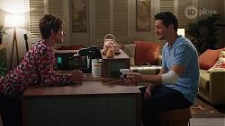 Susan Kennedy, Finn Kelly in Neighbours Episode 8096