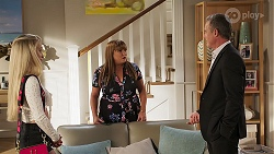 Roxy Willis, Terese Willis, Paul Robinson in Neighbours Episode 8099