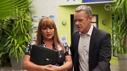 Terese Willis, Paul Robinson in Neighbours Episode 8099