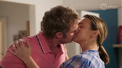 Gary Canning, Amy Williams in Neighbours Episode 8099