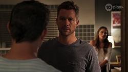 Finn Kelly, Mark Brennan, Elly Brennan in Neighbours Episode 8100