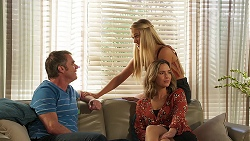 Gary Canning, Roxy Willis, Amy Williams in Neighbours Episode 8100