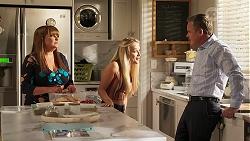 Terese Willis, Roxy Willis, Paul Robinson in Neighbours Episode 8100