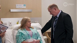 Sheila Canning, Clive Gibbons in Neighbours Episode 8103