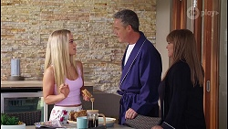 Roxy Willis, Paul Robinson, Terese Willis in Neighbours Episode 8105