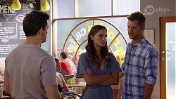 Finn Kelly, Elly Brennan, Mark Brennan in Neighbours Episode 8106