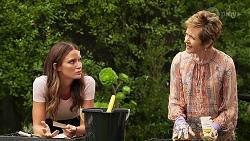 Elly Brennan, Susan Kennedy in Neighbours Episode 8107