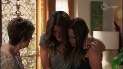 Susan Kennedy, Elly Brennan, Bea Nilsson in Neighbours Episode 8109