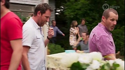 Shane Rebecchi, Paul Robinson, Amy Williams, Jimmy Williams, Toadie Rebecchi in Neighbours Episode 8109