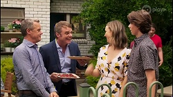 Paul Robinson, Gary Canning, Amy Williams, Jimmy Williams in Neighbours Episode 8109