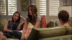 Bea Nilsson, Elly Brennan, Susan Kennedy in Neighbours Episode 8109