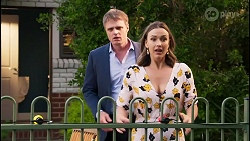 Gary Canning, Amy Williams in Neighbours Episode 8110