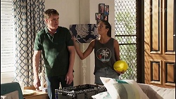 Gary Canning, Yashvi Rebecchi in Neighbours Episode 8110