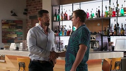 Pierce Greyson, Kyle Canning in Neighbours Episode 8111