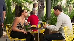Bea Nilsson, Finn Kelly in Neighbours Episode 8115