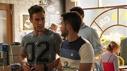 Aaron Brennan, David Tanaka, Finn Kelly in Neighbours Episode 8115