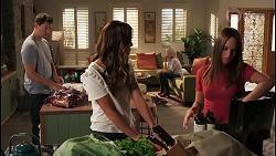 Finn Kelly, Elly Brennan, Andrea Somers, Bea Nilsson in Neighbours Episode 8118
