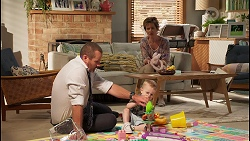 Toadie Rebecchi, Hugo Somers, Susan Kennedy in Neighbours Episode 8118