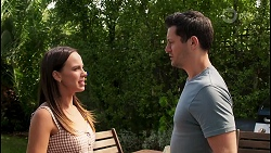 Bea Nilsson, Finn Kelly in Neighbours Episode 8120