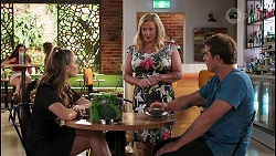 Chloe Brennan, Sheila Canning, Kyle Canning in Neighbours Episode 8120