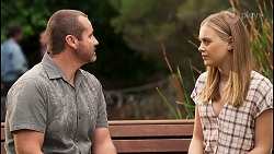 Toadie Rebecchi, Willow Somers in Neighbours Episode 8121