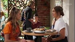 Chloe Brennan, Ebony Buttrose in Neighbours Episode 8121