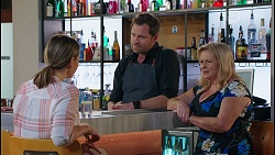 Amy Williams, Shane Rebecchi, Sheila Canning in Neighbours Episode 8122