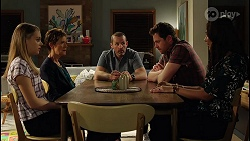 Willow Somers, Susan Kennedy, Toadie Rebecchi, Shane Rebecchi, Dipi Rebecchi in Neighbours Episode 8122