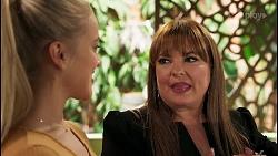 Roxy Willis, Terese Willis in Neighbours Episode 8123