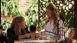 Terese Willis, Chloe Brennan in Neighbours Episode 8123