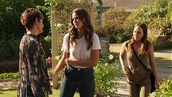 Susan Kennedy, Elly Brennan, Bea Nilsson in Neighbours Episode 8124