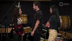 Bea Nilsson, Ned Willis, Yashvi Rebecchi in Neighbours Episode 8125