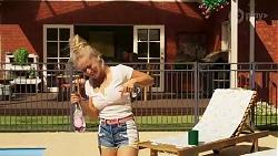 Roxy Willis in Neighbours Episode 8131