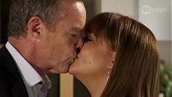 Paul Robinson, Terese Willis in Neighbours Episode 8131