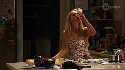 Roxy Willis in Neighbours Episode 8137
