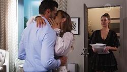Piper Willis, Ebony Buttrose, Chloe Brennan in Neighbours Episode 8137