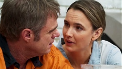 Gary Canning, Amy Williams in Neighbours Episode 8138