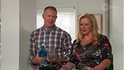 Clive Gibbons, Sheila Canning in Neighbours Episode 8138