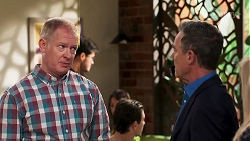 Clive Gibbons, Paul Robinson in Neighbours Episode 8138