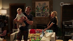 Hugo Somers, Toadie Rebecchi, Andrea Somers in Neighbours Episode 8140