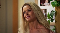 Dee Bliss in Neighbours Episode 8142