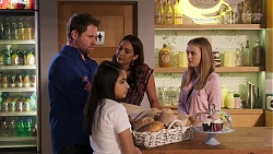 Shane Rebecchi, Kirsha Rebecchi, Dipi Rebecchi, Willow Somers in Neighbours Episode 8143