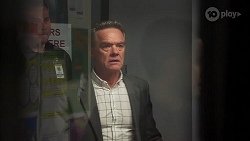 Paul Robinson in Neighbours Episode 8146