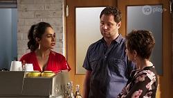 Dipi Rebecchi, Shane Rebecchi, Susan Kennedy in Neighbours Episode 8147