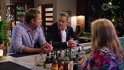 Gary Canning, Paul Robinson, Sheila Canning in Neighbours Episode 8152