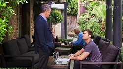 Paul Robinson, Kyle Canning in Neighbours Episode 8152