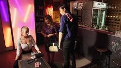 Roxy Willis, Terese Willis, Leo Tanaka in Neighbours Episode 8152